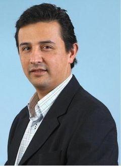 Carlos D U.