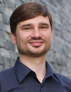 Andriy Kushnarov (.