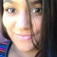 Nayara M.