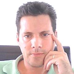 Damian W.