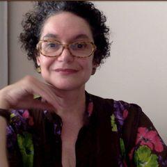 Simone E.
