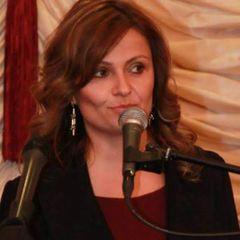 Alina V.