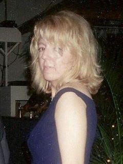 Vicki T