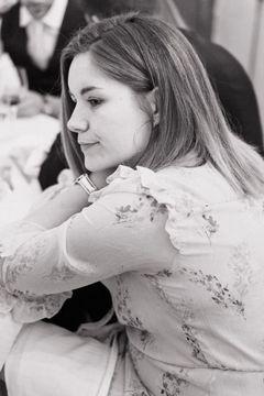 Elise L.