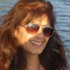 Liliana De L.