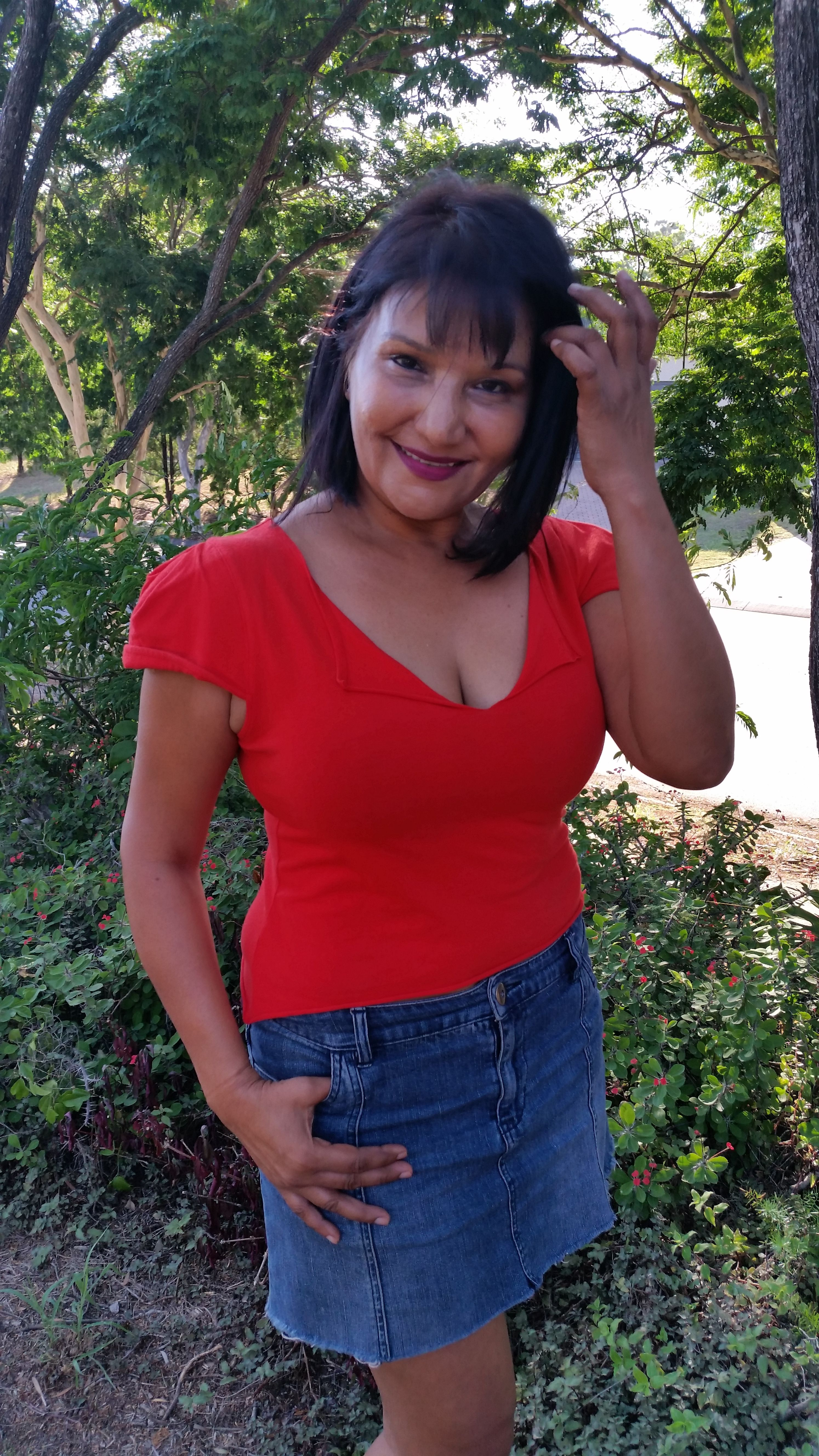 hispanic singles in southside Hispanic single women - we are one of the greatest online dating sites with more relationships, more dates and more marriages than any other dating site and of course, it's a good idea to obtain specific recommendations on professional services that are built and those that are not.