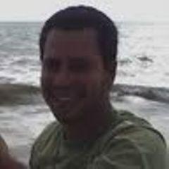 Roberto Lopes R.