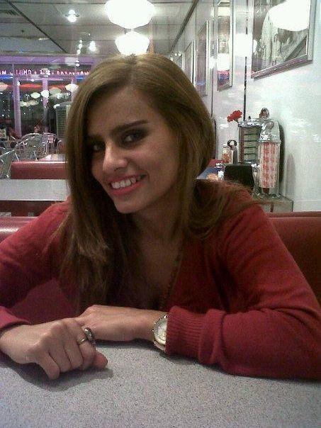 Expat online incontri Dubai risalente più duramente per i ragazzi