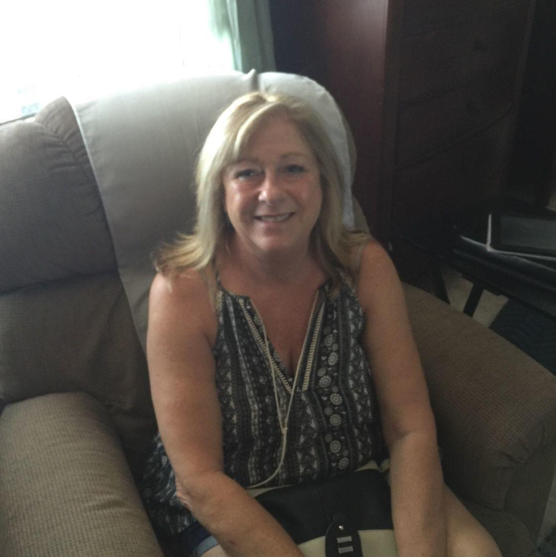 encinitas senior singles The it's just lunch difference: personalized matchmaking high touch service guaranteed dates our dating experts provide an enjoyable alternative to online dating websites.