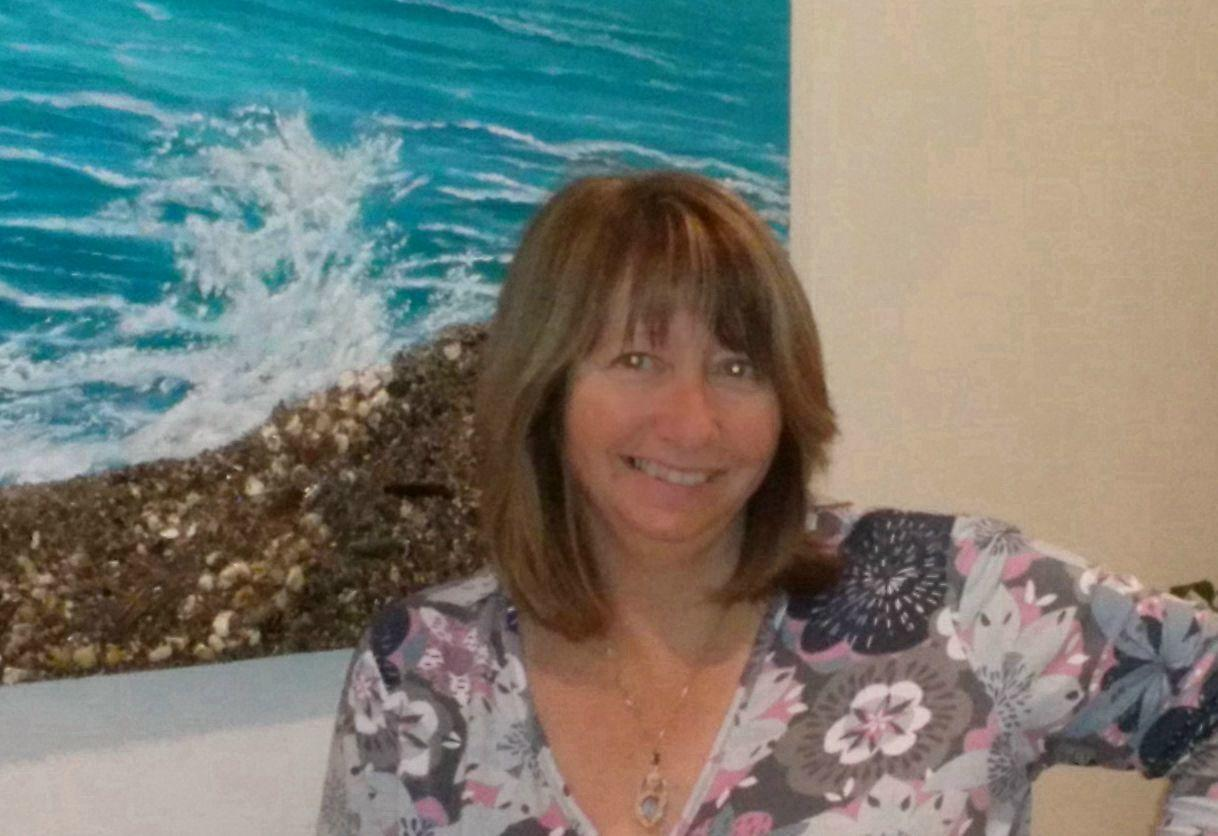 meet worthing singles Worthing dating, united kingdom i'm a friendly, kind, honest person looking for a kind, caring, thoughtful and honest man to put smiles on my face i'm average size, weight, hair, clothes only want to meet genuine, honest, kind men for nice chats and.