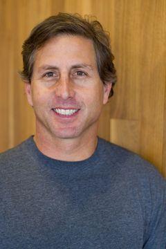 Tom J.