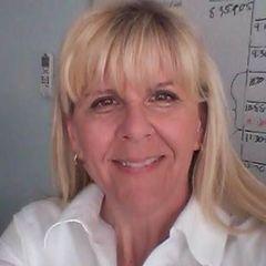 Carolanne R.