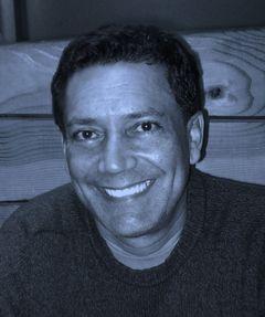 Dr. Efrain C.