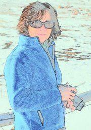 Linda M B.