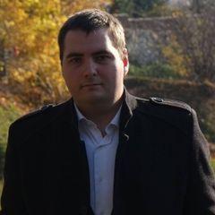Marek J.