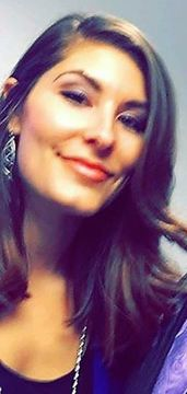 Jennifer De La T.