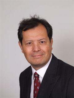 Chris De V.