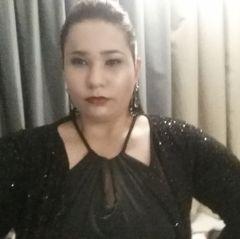 Rafaella L.