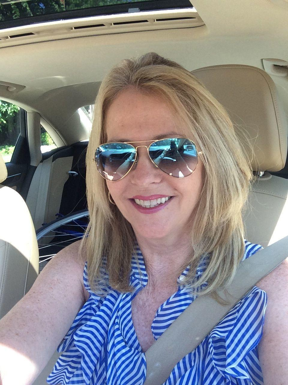 smithtown single women Smithtown singles over 50 interested in dating and making new friends use zoosk single men in smithtown single women in smithtown singles over 50 in smithtown.
