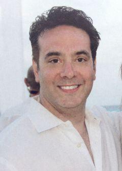 Darren S.