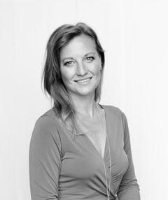 Sarah Barrett L.