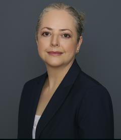 Ana Luisa A.