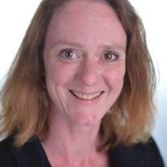 Jacqueline De G.