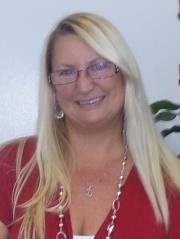 Debora M R.