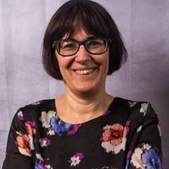 Simone C.