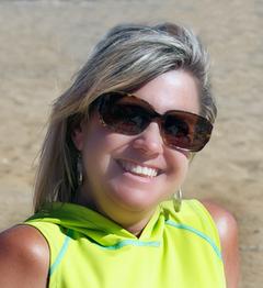 Isabelle R.