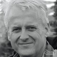 Simon P.