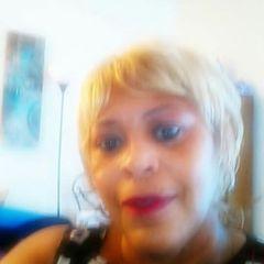 Lola Gayle L.