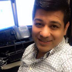 Victor Alvarado (.
