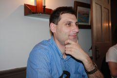 Vasile R.