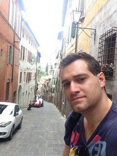 Guilherme Dal L.