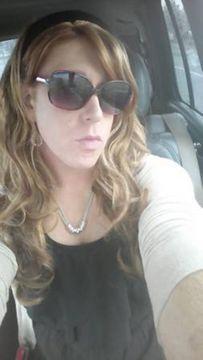 Carly R.