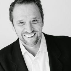 Hector Perez J.