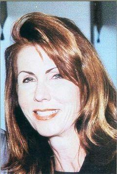 Lyn E.