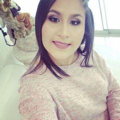 Vania R.