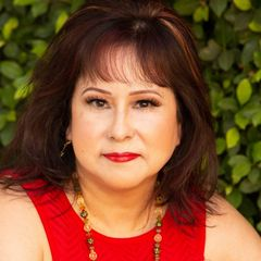 Tina C.