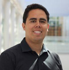 Omar R.