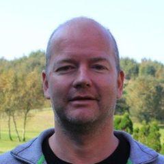 Øyvind E.