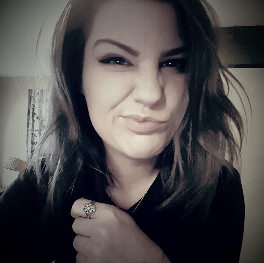 kirkland single girls Meet a girl from kirkland lake – find girls, women seeking men and singles to share interests, photos for friendship, chat, dating and invite kirkland lake girls for.