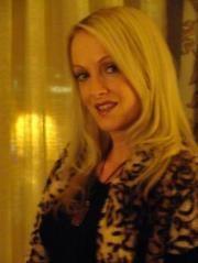 Julie L