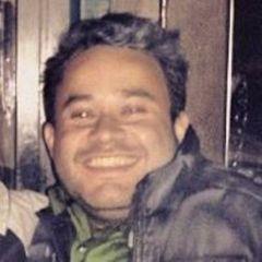 Luis R. R.