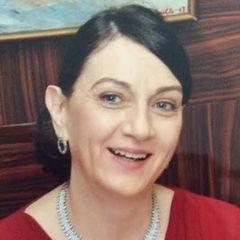 Kate De W.