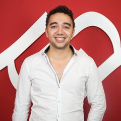 Arnaud de B.