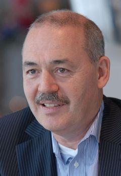 Oscar W.
