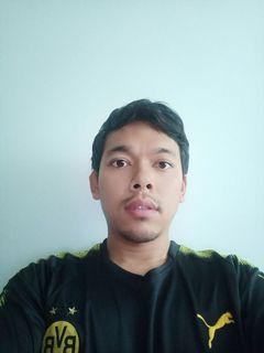 Pratchaya J.