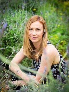 Stephanie Dawn D.
